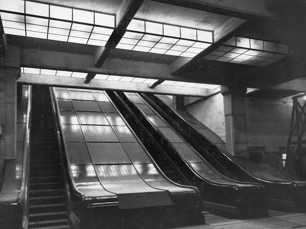 York Street Escalator at Wynyard Station in 1931. Source Sydney Trains.