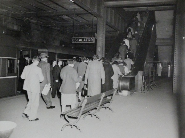 Crowds using the Town Hall escalators on Platform 6 on 19 April 1960. Source State Records NSW.